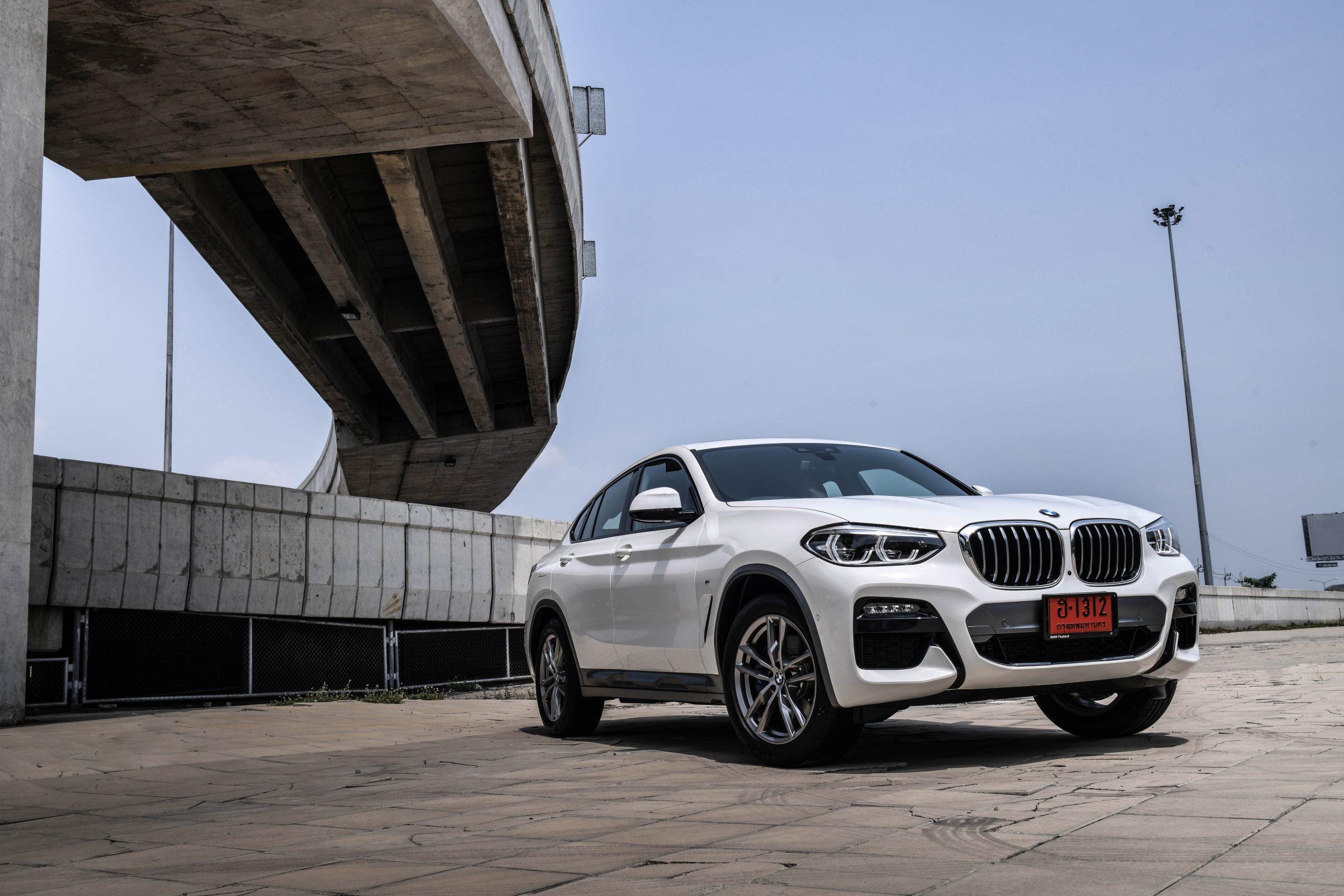 BMW X4 xDrive20d M Sport X เสริมลุคโฉบเฉี่ยว จัดเต็มเทคโนโลยีสุดล้ำในราคาเดิม