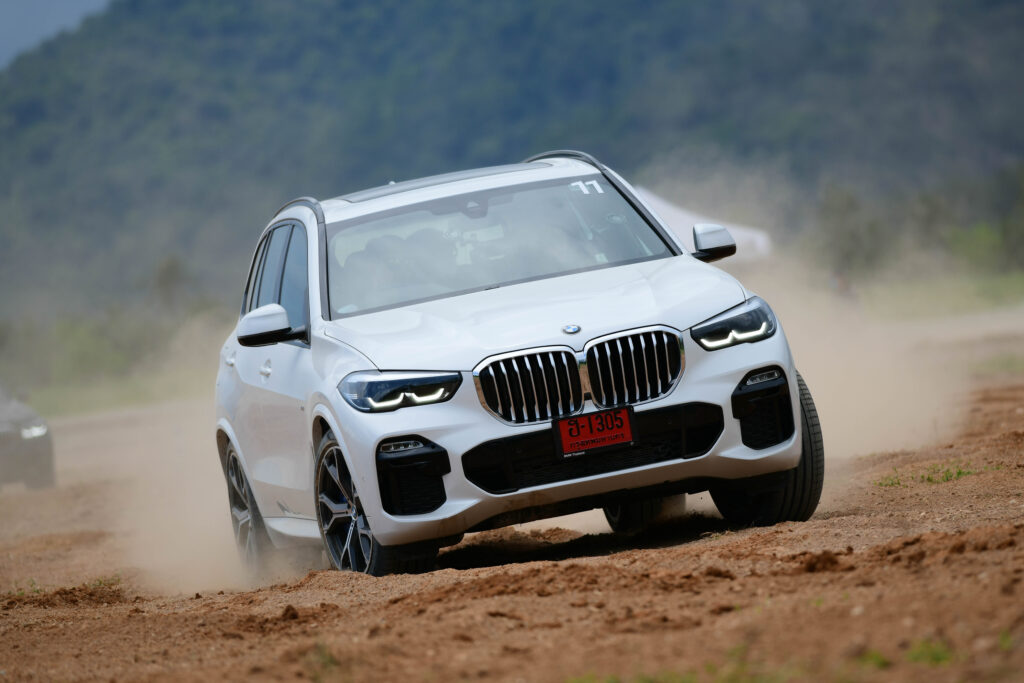 [Off-Road Test] คลุกฝุ่นสุดมันส์กับ BMW X5 xDrive45e M SPort ขับสนุก มั่นใจทุกสภาวะ