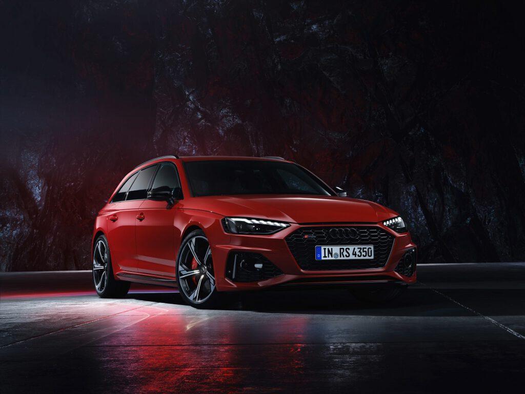 Audi RS 4 Avant quattro เอสเตทพลังสูง 450 แรงม้า เปิดราคาไทย 5.899 ล้านบาท
