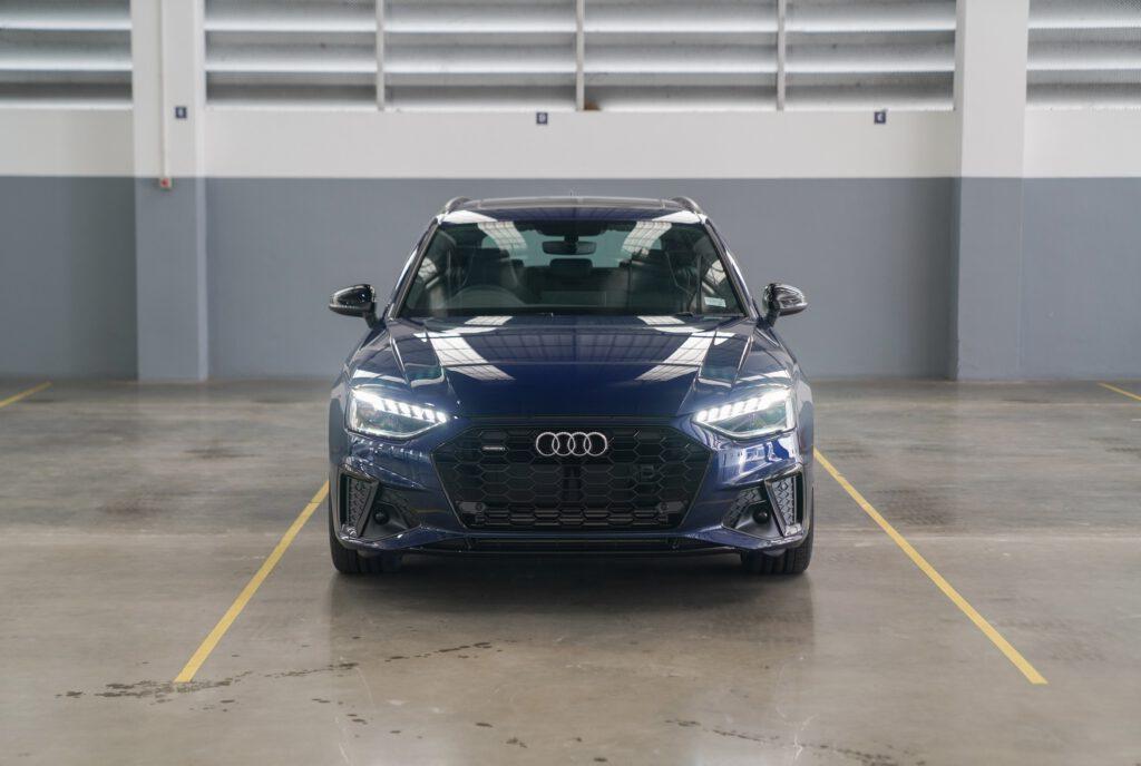 Audi กลับมาพร้อมกับ Audi A4 Avant (Minorchange)