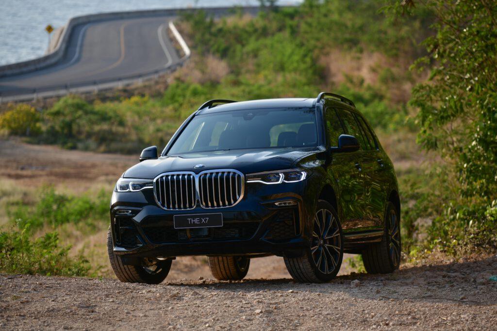 BMW X7 xDrive30d M Sport ยักษ์ใหญ่ทรงพลัง